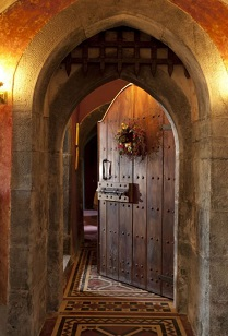 Open castle door.
