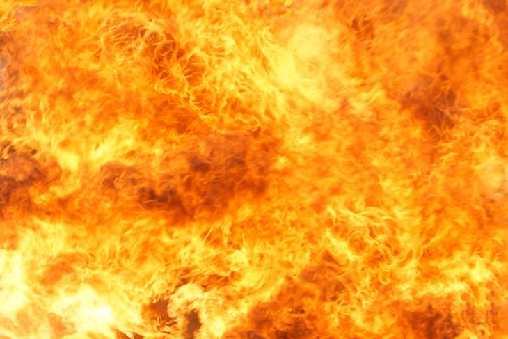 blazing_fire_749x500